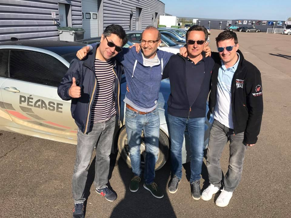 DRIFT_POUILLY_STAGIAIRES_HEUREUX